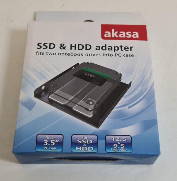 Front of Akasa SSD & HDD Adaptor Box
